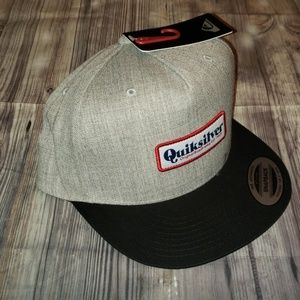 Quiksilver Grooveness snap back hat